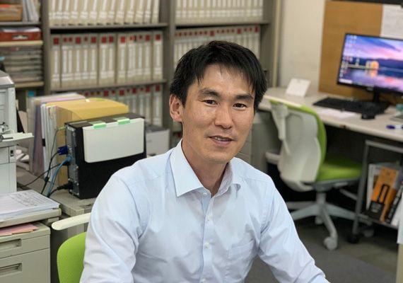 アルファリフォームの課長代理 内田 岳史(うちだ たけふみ Takefumi Uchida)入社7年目。