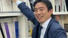 大阪の住宅リフォーム・マンションリフォームを専門に行うアルファリフォームの課長 久保⽥ 哲也(くぼた てつや Tetsuya Kubota) 勤続14年目の久保田の写真です。